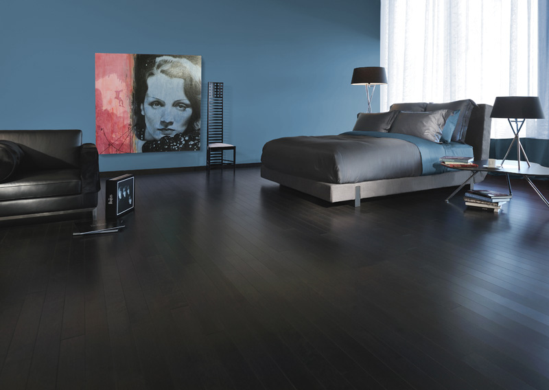 dřevěná podlaha foto