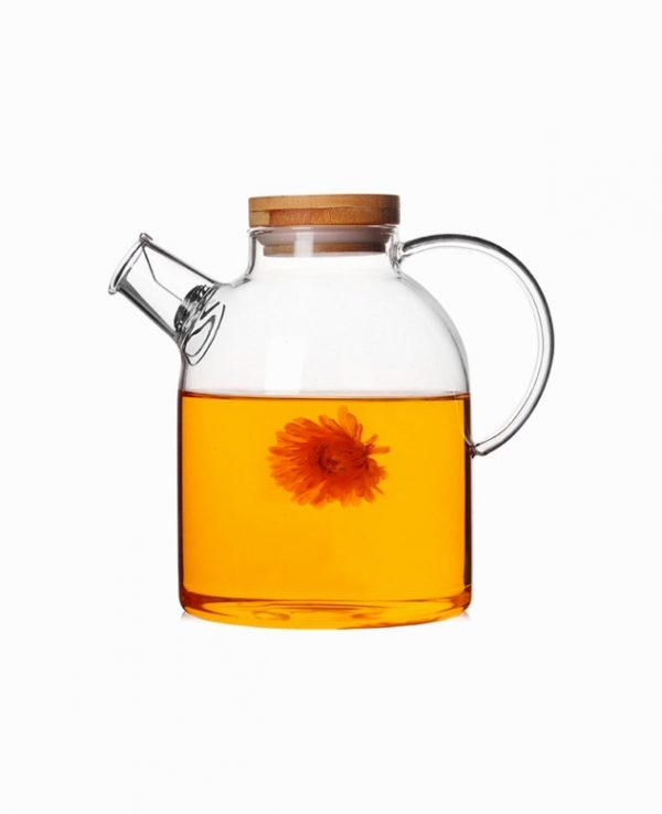 ultimate-teapot-small-glass-pitcher-with-lid-600x738