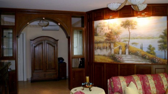 ContemporaryFresco-design-in-traditional-home-dark-wood-582x326