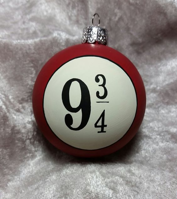 18-Harry-Potter-inspired-ornament-with-a-platform-number